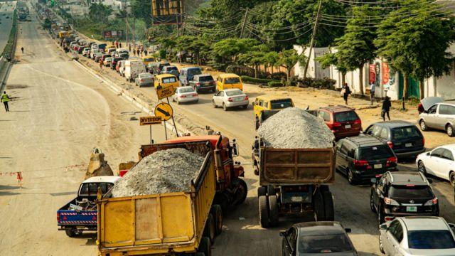 Traffic leading to Third Mainland Bridge in Lagos, Niger