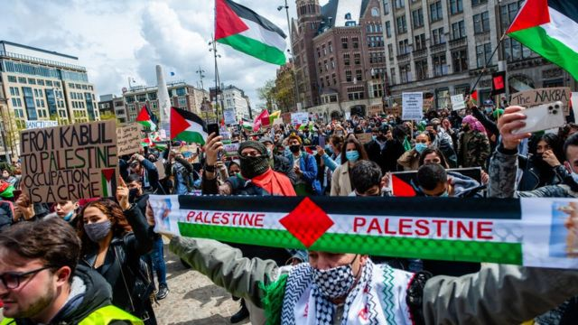 Manifestante por Amsterdam