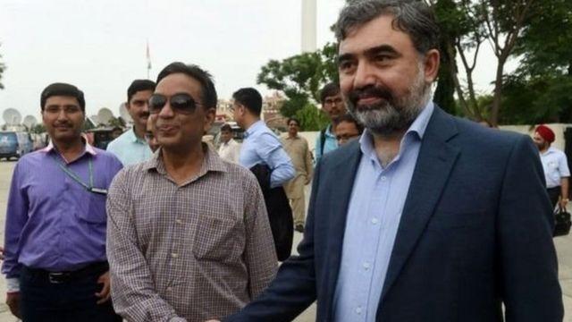 भारत के वाटर कमिश्नर पीके सक्सेना और पाकिस्तान के वाटर कमीशनर सैयद मेहर अली शाह