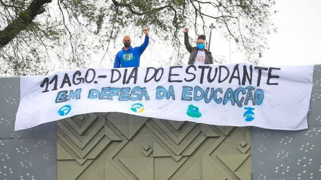 protesto pela educação