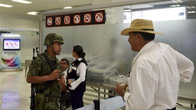 """El aeropuerto de la capital mexicana es un """"foco de atención"""" para los criminales."""