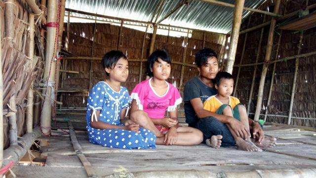 မိဘမဲ့သွားကြပြီဖြစ်တဲ့ မကရင်မရဲ့ သားသမီး ၄ ယောက်