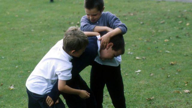 сцена издевательства над одноклассником