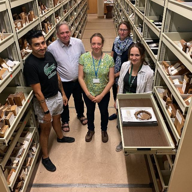 Óscar Pérez Esobar y sus colegas del Jardín Botánico de Londres Mark Nesbitt, Sidonie Bellot, Philippa Ryan y Natalia Przelomska