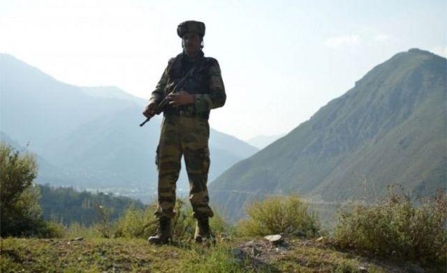 পৃথিবীর অন্যতম বৃহৎ সেনাবাহিনী রয়েছে ভারতের।