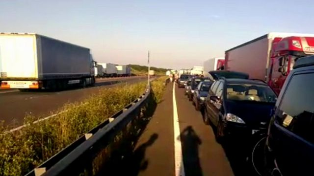 Queues on the A20 outside Dover