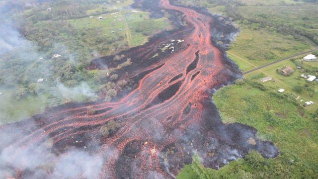 Río de lava en Hawái.