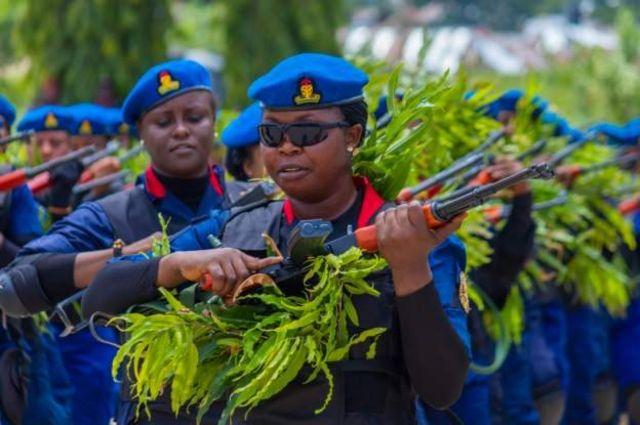 Mata 'yan Civil Defense a Najeriya