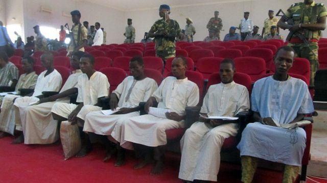 Boko Haram egbuola ihe karịrị mmadụ puku iri abụọ ebe ha chụpụrụ mmadụ ruru nde na mpaghara Naịjirịa, Chadị kamgbe ha malitere n'afọ 2009.