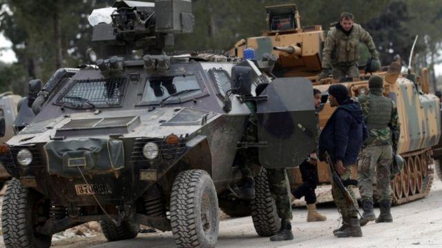 القوات المسلحة التركية ومسلحو الجيش السوري الحر على مشارف الباب