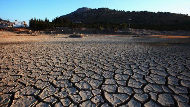 زمین خشک