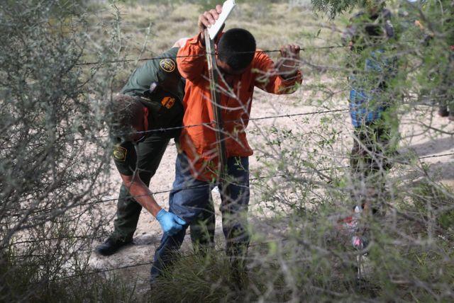 Задержание нелегального мигранта на границе