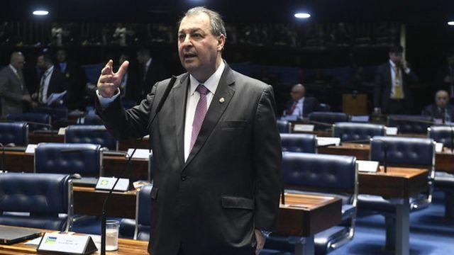 Senador Omar Aziz no Senado