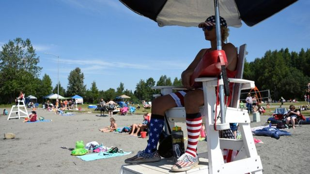 Alaska heatwave: Anchorage hits record temperature