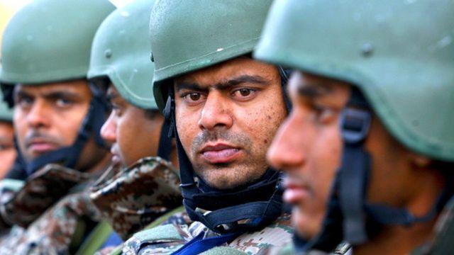पठानकोट में भारतीय सुरक्षा बल