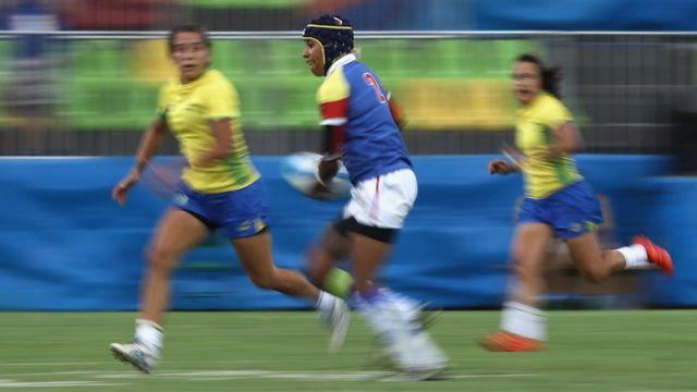 Nathalie Marchino defendeu a seleção colombiana de rúgbi e trabalha para o Twitter