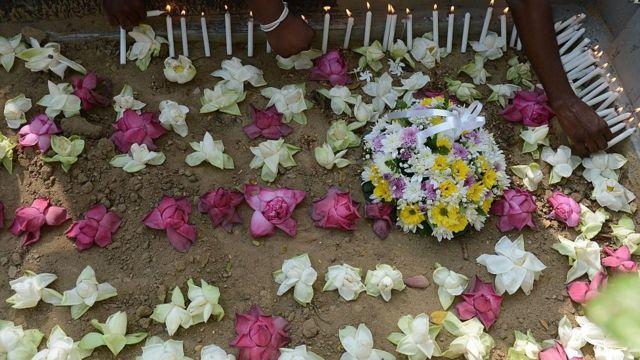 இலங்கை: நாளொன்றுக்கு 8 பேர் தற்கொலை