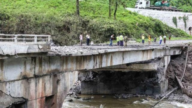 ဂုတ်တွင်းတံတား