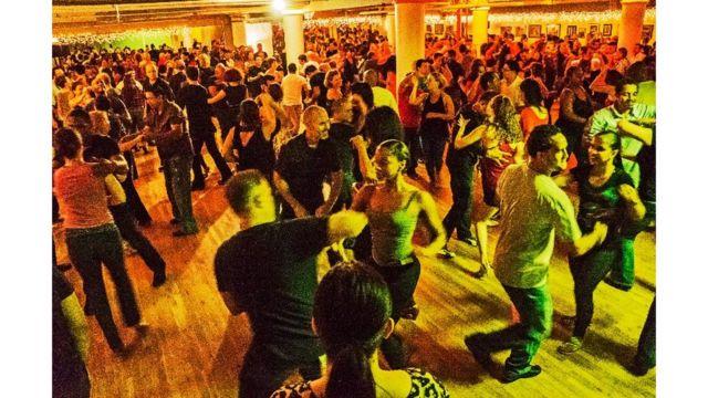 Baile latino, Jimmy Anton Social en Studio 2012