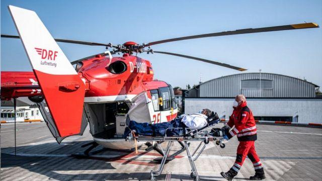 Scholz'un doktor kardeşi, altı kritik durumdaki Fransız Covid-19 hastasını Kiel'deki hastaneye kaldırılmasını sağladı