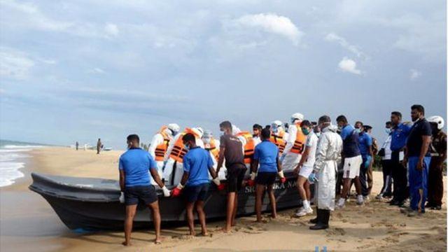 இலங்கை கடலில் வந்த கப்பலில் தீ: இந்தியா உதவியுடன் 19 பேர் மீட்பு, ஒருவர் மாயம்