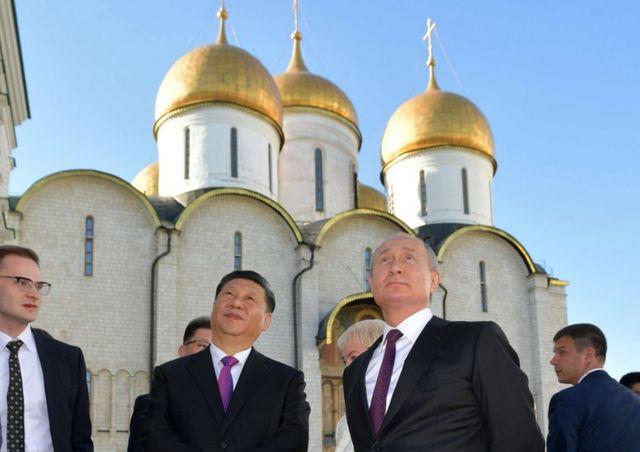 Si Đinping i Vladimir Putin u Kremlju