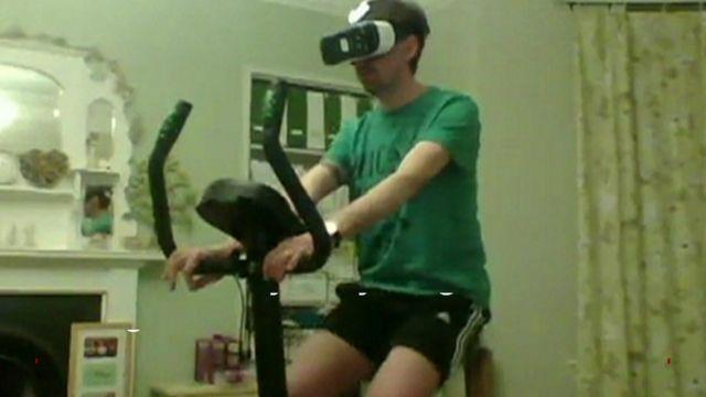 Aaron Puzey on his bike