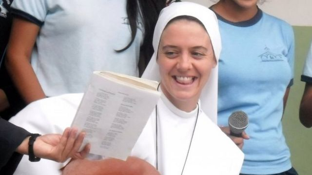 プラヤプリエタで学校が崩壊し、北アイルランド出身の修道女テリーザ・クロケットさんが死亡した(資料写真)