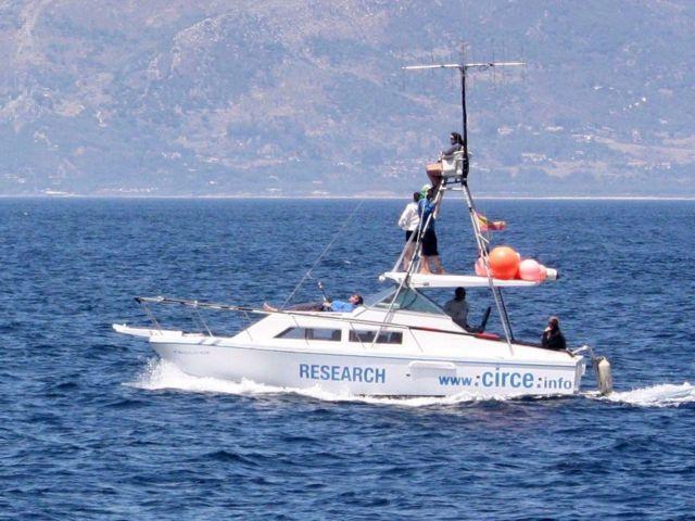 Renaude 在科研船上