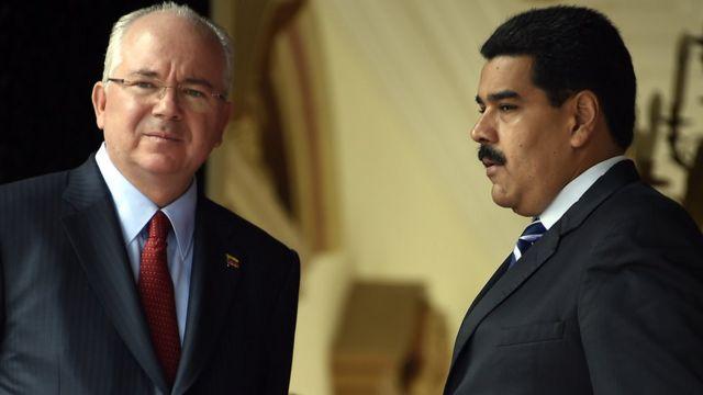 Rafael Ramírez y Nicolás Maduro.
