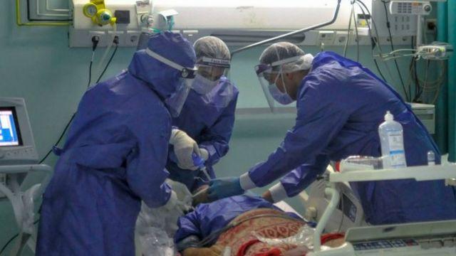 مستشفى الحسينية: التحقيق مع مصور فيديو العناية المركزة في مصر ومدير مستشفى  استغاث بالأهالي لتوفير الأكسجين - BBC News عربي