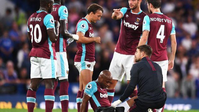Le joueur de 26 ans s'est blessé à la cuisse lundi à la 35ème minute du match contre Chelsea.