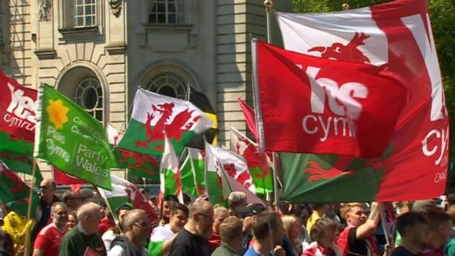 Independent Wales: Carwyn Jones says curiosity driven by UK politics