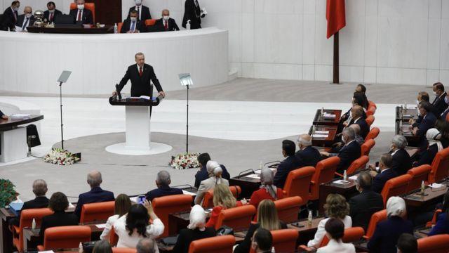 Bloomberg yazarı: Erdoğan başına dert olmayacağına inandığı hiçbir şeyi yapmaktan çekinmiyor
