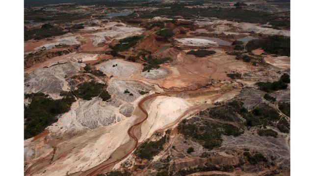 Vista de la zona de extracción de oro en el norteño departamento de Antioquia.