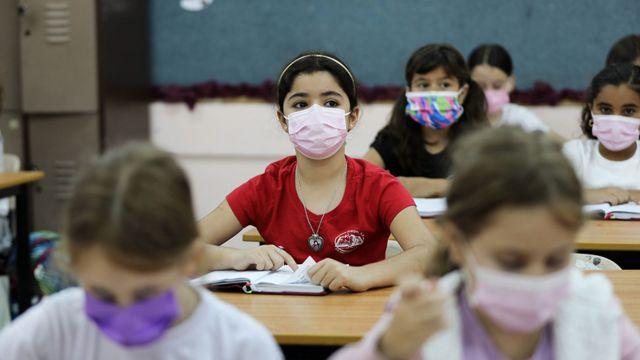 Niñas en una escuela en Jerusalén