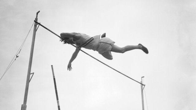 Salto con pértiga en 1948