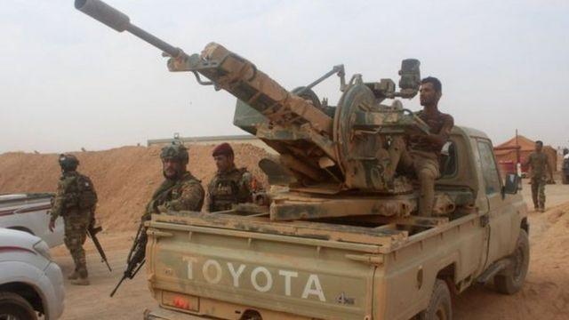 عربة عسكرية عراقية وجمود