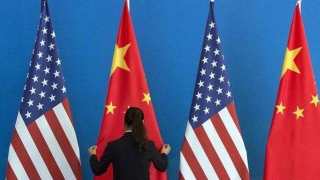العلاقات الصينية الأمريكية شهدت أزمة خلال إدارة ترامب بسبب الحرب التجارية
