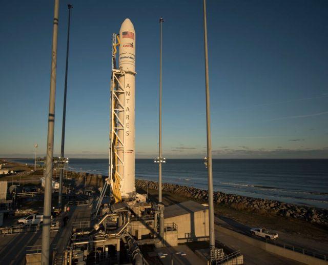 Ракета Антарес, НАСА, ноябрь 2017 года, штат Виргиния, США.