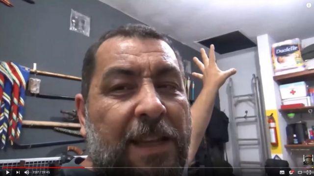 Márcio Andrade mostra o seu 'bunker civil'