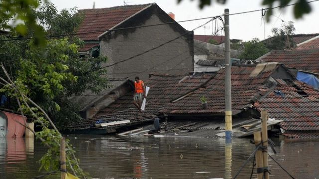 Flooded neighbourhood in Jakarta