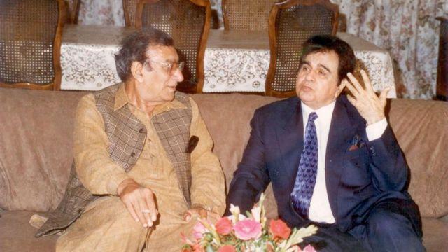 दिलीप कुमार अहमद फ़राज़ के साथ