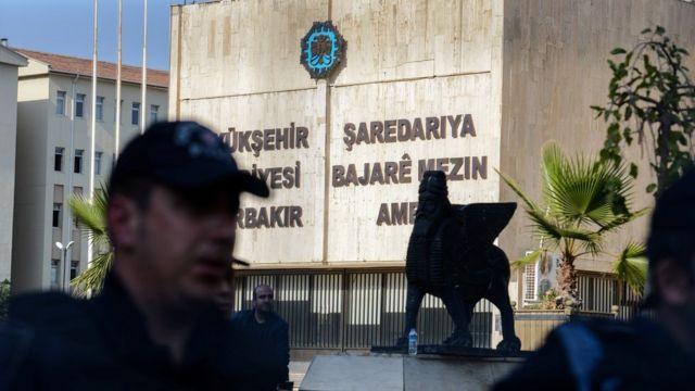 Diyarbakır Büyükşehir Belediyesi'ne de kayyum atanmıştı