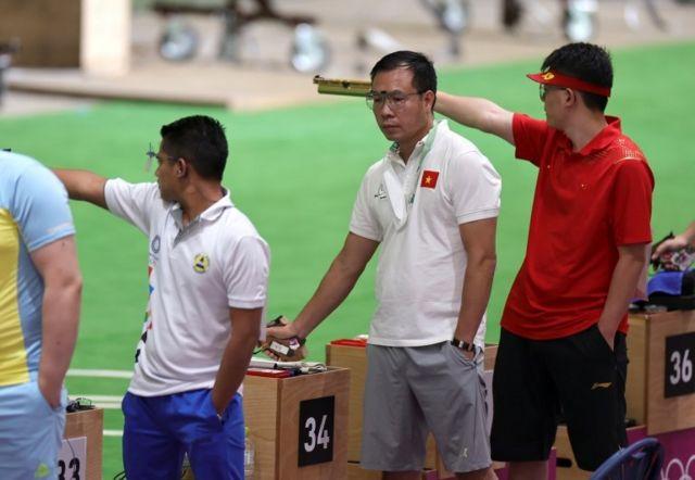 Đương kim vô địch Hoàng Xuân Vinh đã không thể vượt qua vòng đấu loại nội dung 10m súng ngắn hơi nam tại Olympic Tokyo