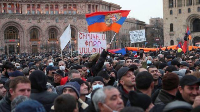 Пролавластный митинг в Ереване