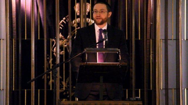 Haham Nicky Liss evinden sinagoga yürüyerek gitmekten tedirgin olduğunu anlattı
