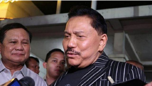 Mantan Kepala BIN Hendropriyono sesuai melakukan pertemuan dengan Prabowo Subianto, di kediamannya di Jakarta, Kamis (05/09).