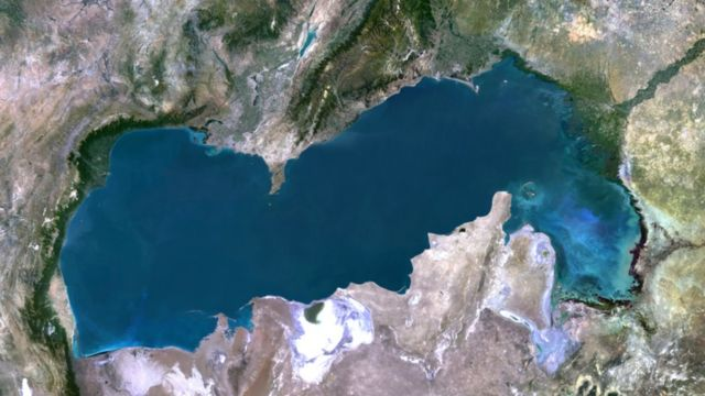 Caspian Sea: Five countries sign deal to end dispute