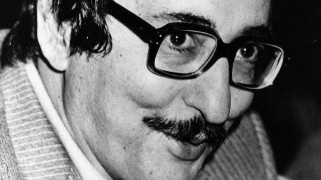ابوالحسن بنی صدر با فرمول توافق الجزایر به شدت مخالف بود و در جریان مذاکرات نهایی ایران و آمریکا دور زده شد